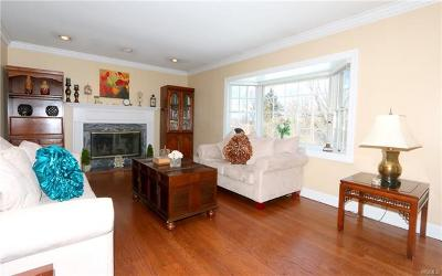 Westchester County Single Family Home For Sale: 625 Cardinal Road