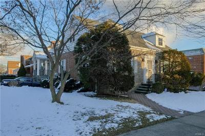 Bronx Single Family Home For Sale: 2392 Woodhull Avenue