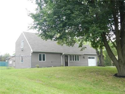 Middletown Single Family Home For Sale: 10 Peace Drive
