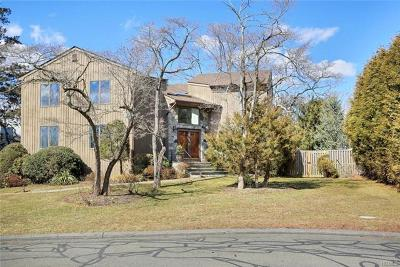 Rye Brook Single Family Home For Sale: 14 Deer Run