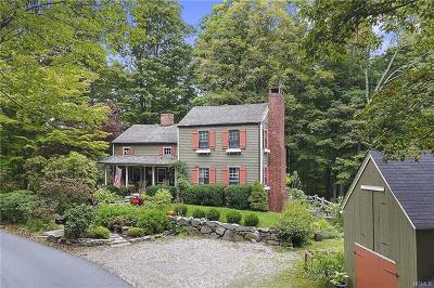 Westchester County Single Family Home For Sale: 240 Kitchawan Road