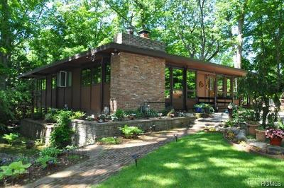 Ardsley Single Family Home For Sale: 46 Eastern Drive
