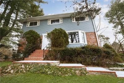 Ossining Single Family Home For Sale: 17 Minkel Road