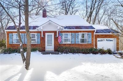 Rockland County Single Family Home For Sale: 15 Greenway West