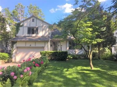 Larchmont Single Family Home For Sale: 22 Colonial Avenue