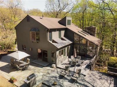 Irvington Single Family Home For Sale: 105 Riverview Road