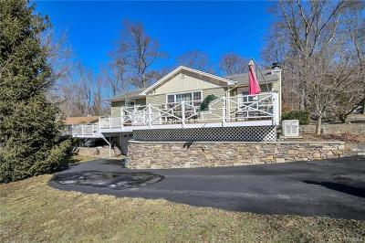 Greenwood Lake Single Family Home For Sale: 10 Lake Drive