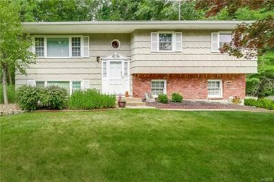 Rockland County Single Family Home For Sale: 31 Pennington Way