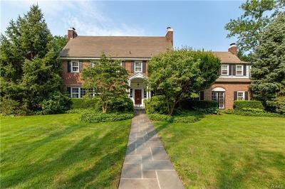 Pelham Single Family Home For Sale: 429 Pelham Manor Road
