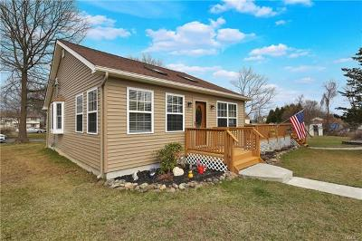 Monroe Single Family Home For Sale: 14 Midway Drive