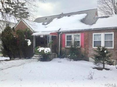 Yonkers Single Family Home For Sale: 73 Bretton Road