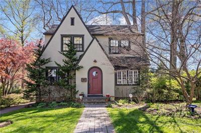Pelham Single Family Home For Sale: 242 Ancon Avenue