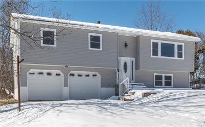 Monroe Single Family Home For Sale: 18 Roe Circle