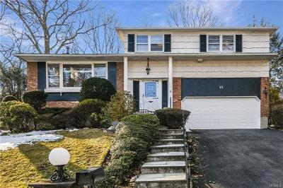 New Rochelle Single Family Home For Sale: 18 Sheldrake Place