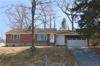 Cortlandt Manor Single Family Home For Sale: 6 Ann Street