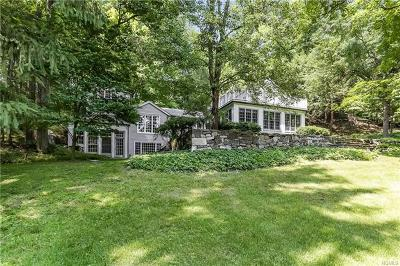 Yorktown Heights Single Family Home For Sale: 1380 Hunterbrook Road