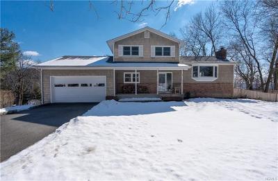 Croton-On-Hudson Single Family Home For Sale: 1 Aschmann Lane