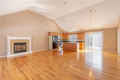 Wurtsboro Single Family Home For Sale: 24 Lincoln Road