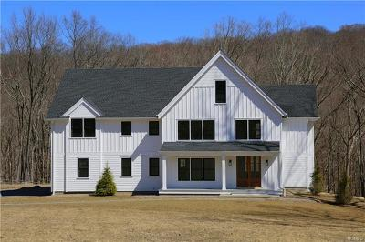 Somers Single Family Home For Sale: 4 Boulder Ponds Drive