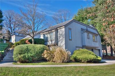 Somers Condo/Townhouse For Sale: 234 Heritage Hills #B