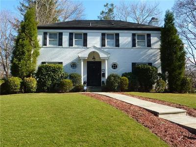 New Rochelle Single Family Home For Sale: 111 Taymil Road