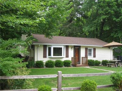 Westchester County Single Family Home For Sale: 4 Orchard Drive