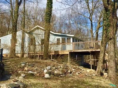 Greenwood Lake Single Family Home For Sale: 156 Brook Trail
