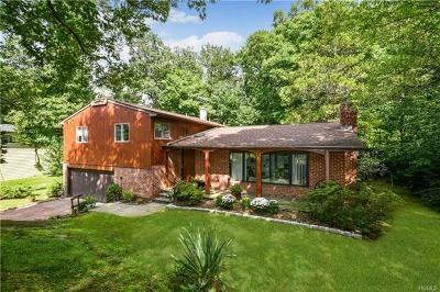 New Rochelle Single Family Home For Sale: 53 Woodcut Lane