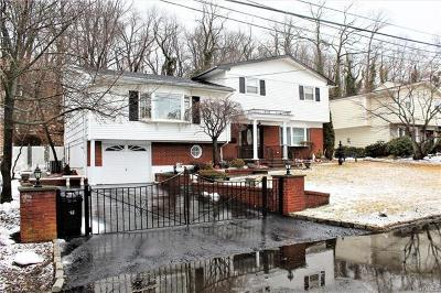 Yonkers Single Family Home For Sale: 57 Maria Lane
