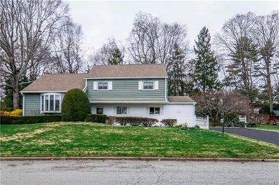 New Rochelle Single Family Home For Sale: 164 Seton Drive