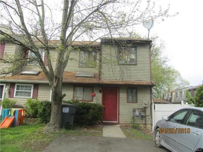 Maybrook Single Family Home For Sale: 402 Rakov Road