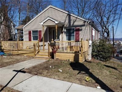 Single Family Home For Sale: 147 Hudson Avenue