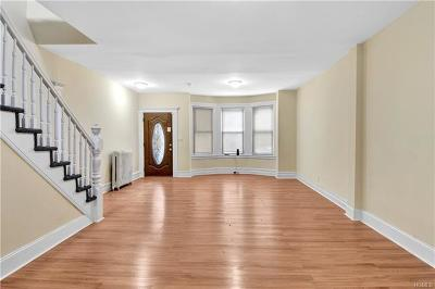 Bronx Single Family Home For Sale: 728 East 222nd Street