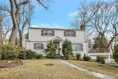 Westchester County Single Family Home For Sale: 25 Harvard Avenue