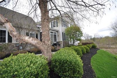 Monroe Single Family Home For Sale: 2 Turnberry Court