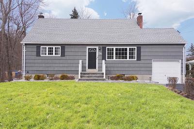 Yorktown Heights Single Family Home For Sale: 2042 McBride Lane