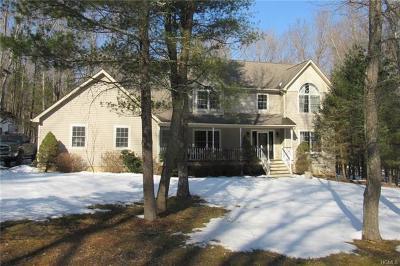 Single Family Home For Sale: 48 Leeward Drive