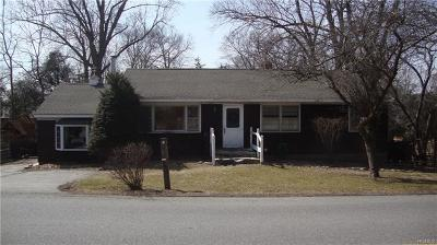 Westchester County Single Family Home For Sale: 1579 Hanover Street