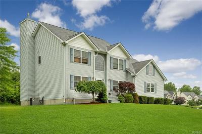 Middletown Single Family Home For Sale: 5 Wayne Court