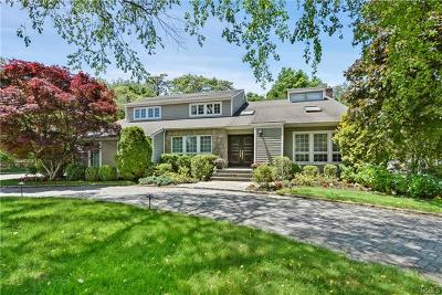 Mamaroneck Single Family Home For Sale: 3 Jenny Close