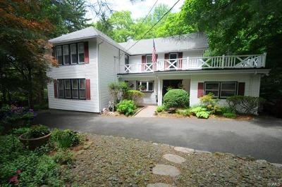 Rockland County Single Family Home For Sale: 1 Ackertown Road