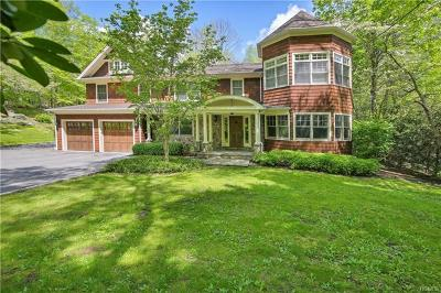 Westchester County Single Family Home For Sale: 90 Cedar Hill Road