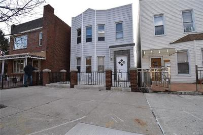Multi Family 2-4 For Sale: 1715 Matthews Avenue