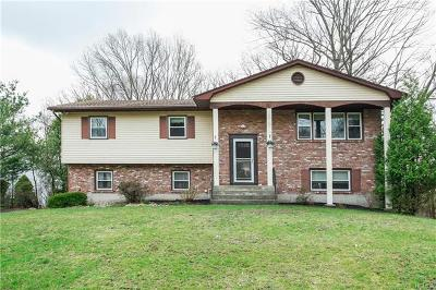 Single Family Home For Sale: 21 Whispering Court
