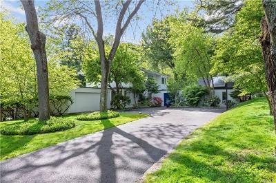 Briarcliff Manor Single Family Home For Sale: 329 Central Drive