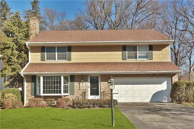 New Rochelle Single Family Home For Sale: 41 Robins Road