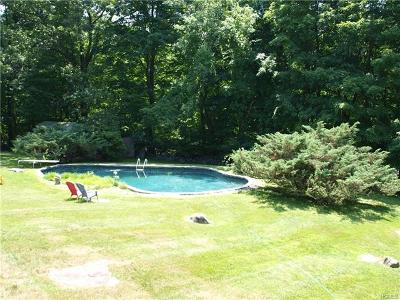 Westchester County Single Family Home For Sale: 477 Mount Airy Road East