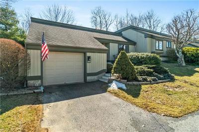 Westchester County Condo/Townhouse For Sale: 503 Heritage Hills #A