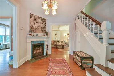 Nyack Single Family Home For Sale: 260 Piermont Avenue