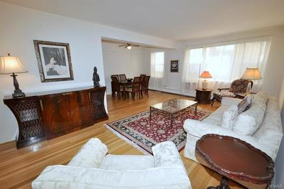 Westchester County Co-Operative For Sale: 120 East Hartsdale Avenue #4L